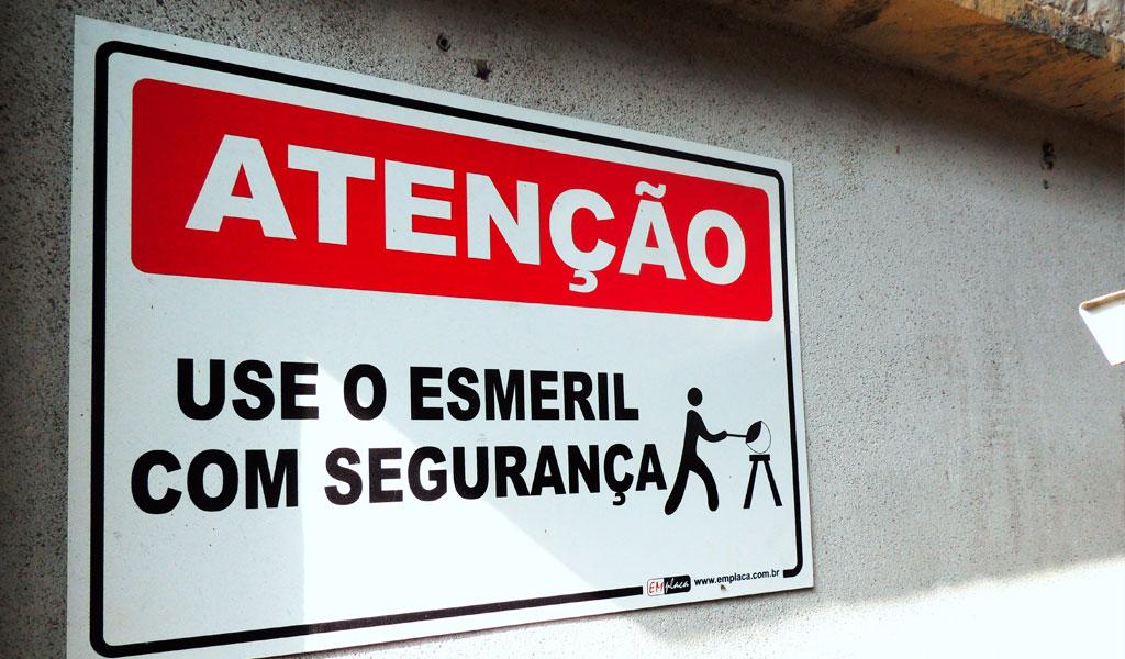Placas de Sinalização de Segurança do Trabalho - Emplaca Automação e ... 24a45bec1f